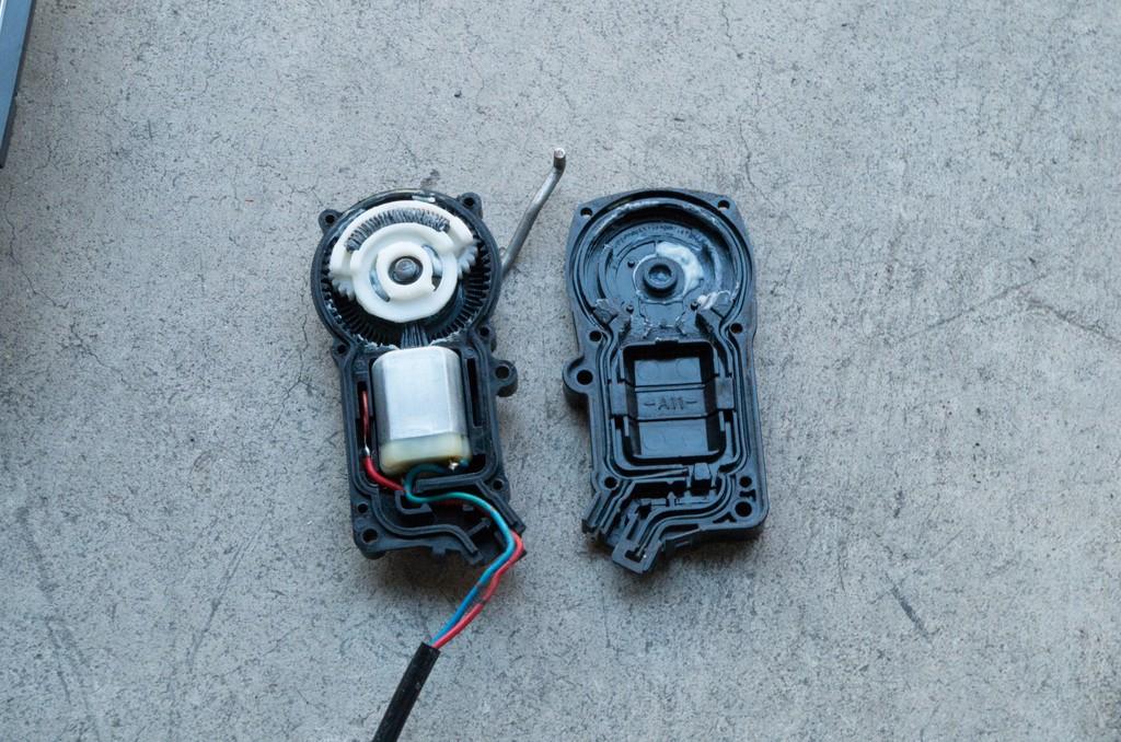Under 10 Door Lock Actuator Fix By Demonsnake Mx 5 Miata Forum